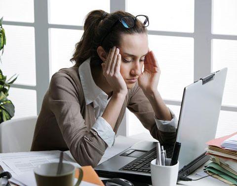 Mẹo chống mỏi mắt khi dùng laptop ?