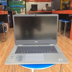 Laptop dell 5493